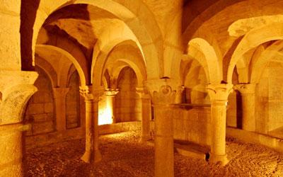 Cripta de la Iglesia de San Martín de Tours, San Martín de Unx